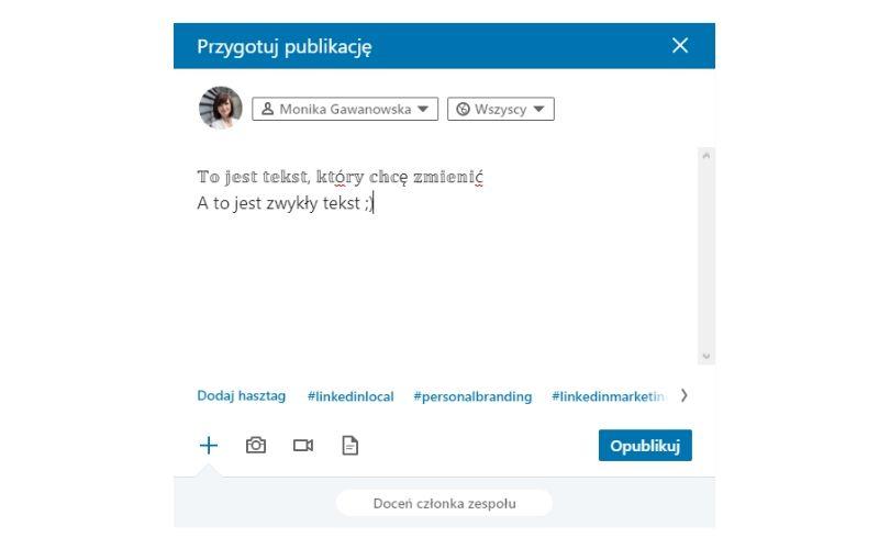 Obrazek pokazuje, jak formatować tekst w postach na LinkedIn.